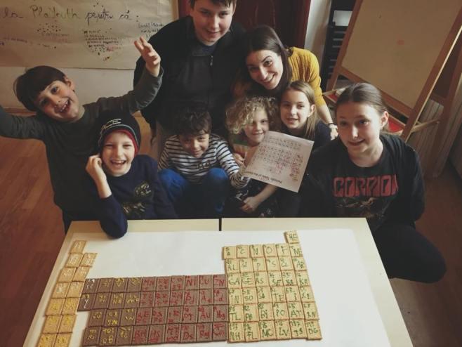 Tabelul Mendeleev in varianta distractiva