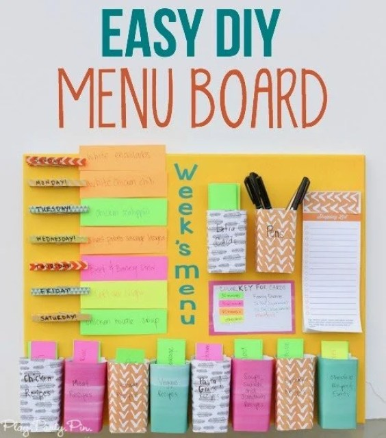 Easy DIY weekly menu board from playpartyplan.com - combination meal planner + weekly menu board