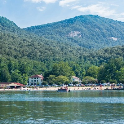 14 Awesome Things to Do in Lake Lure NC