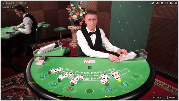 The popular differences between Pontoon and Blackjack