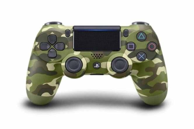 Zeleená makovaný ovladač na PlayStation