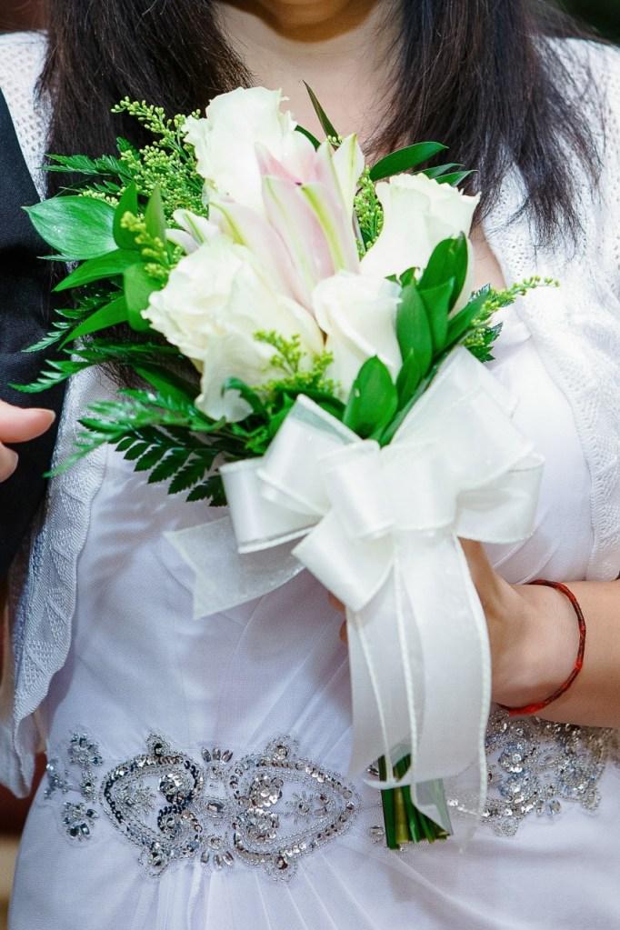 wedding flower maker