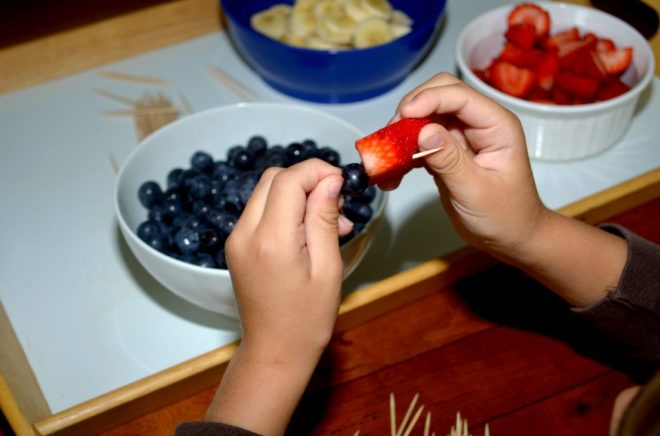 Create red, white, and blueberry fruit sculptures! A healthy snack and 4th of July activity!