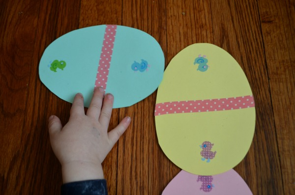 Easter Egg Dominoes: a fun Easter game for toddlers