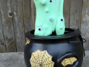 Halloween slime! FUN Halloween activity for kids!