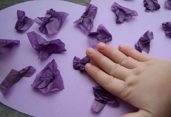 Sensory hearts - simple activity for kids!
