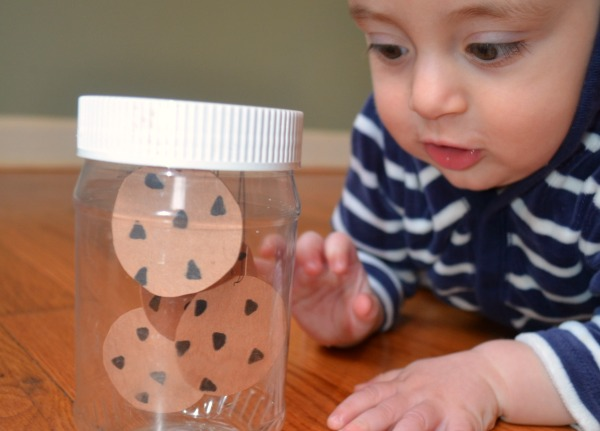 Make a sensory bottle for babies! Fun to pair with If You Give a Mouse a Cookie!