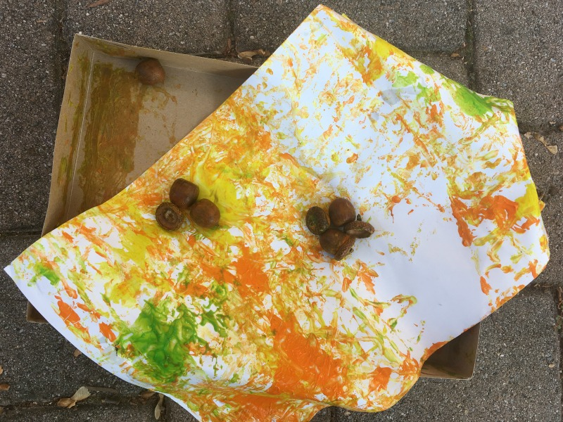 Fall Preschool Project! Try acorn shake painting .