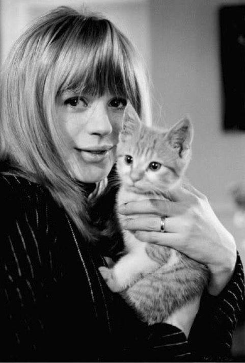 Marianne-Cat21
