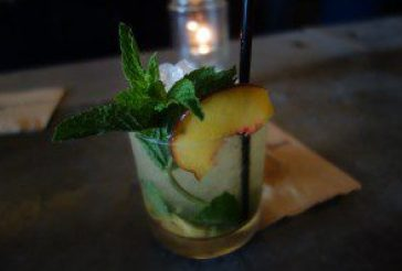 Get Lucky (Old Tom Gin, Peaches, Mint, Apricot Liquor) (2)