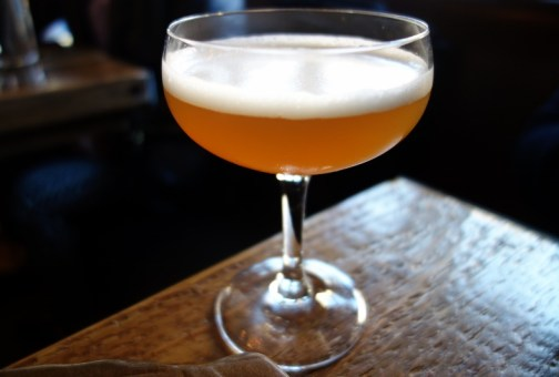 Verbena - Gilded Lily (Apple scotch, Matthiasson vermouth, cardamom, Saison) (1)