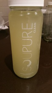Clean (pineapple, basil, alkaline water)