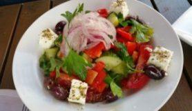 GREEK SALAD (Tomato / onion / cucumber / olives / bell peppers / feta cheese / lemon dressing)
