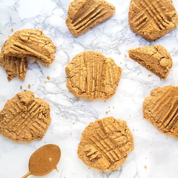 vegan healthy peanut butter cookie