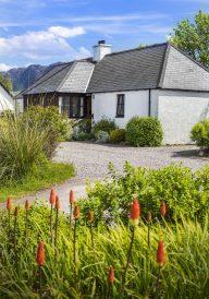 Reraig cottage front & gable