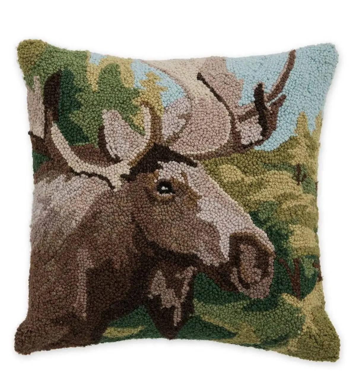 https www plowhearth com en decorative pillows moose hand hooked wool throw pillow p 52b15