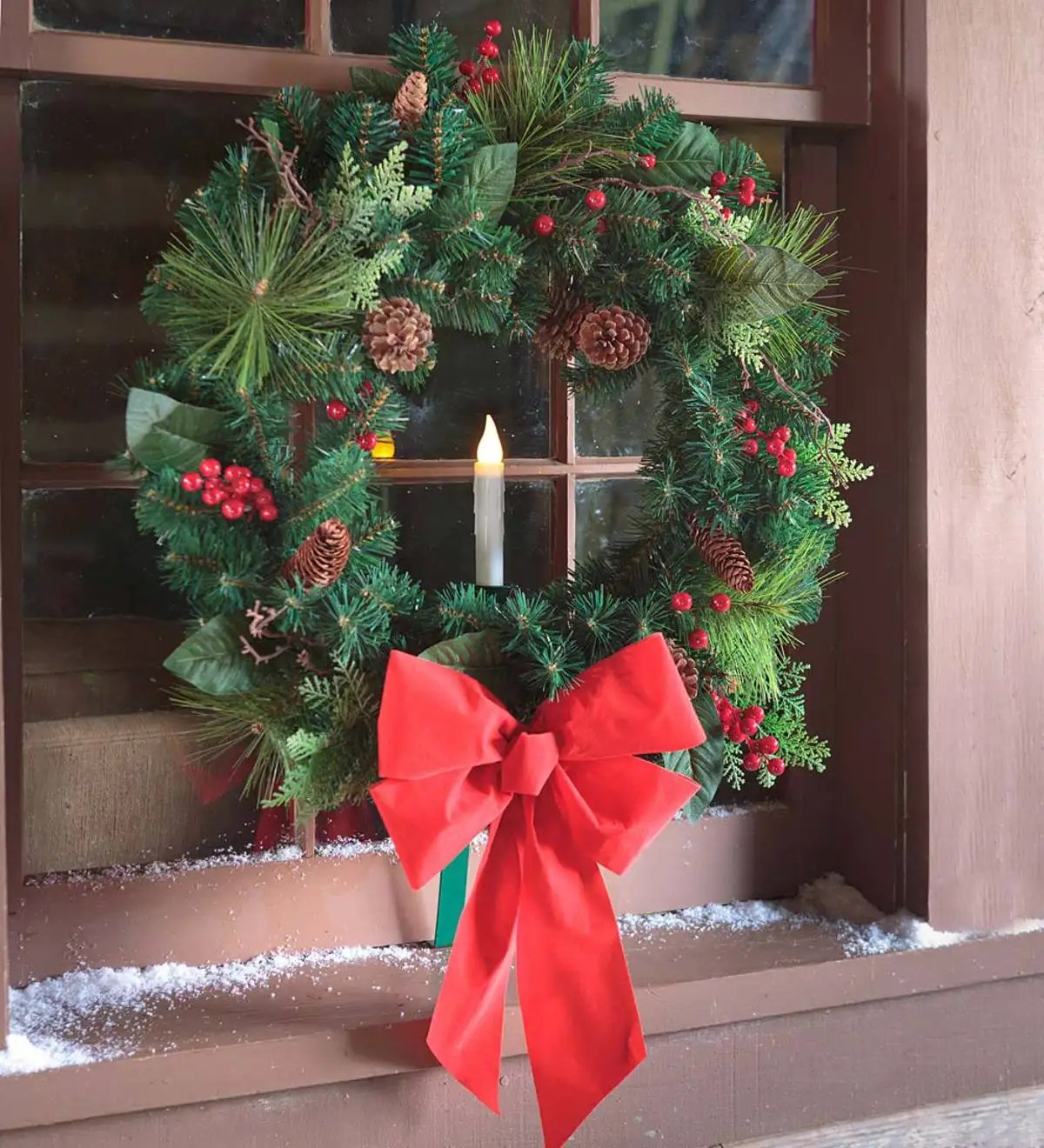 Holiday Window Wreath With Candle