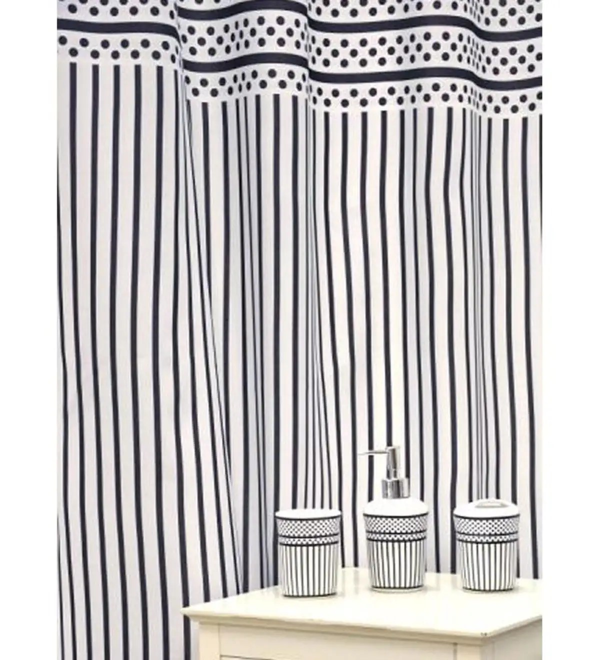 16 Piece Polka Dots And Stripes Shower Curtain And Bath