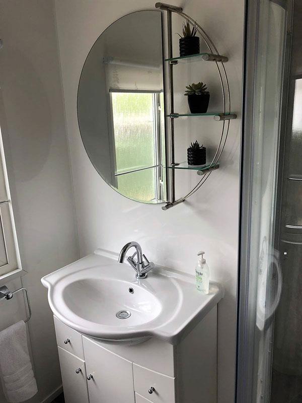Plumbing_Solutions_Plus_Bathroom_installation-Burnham