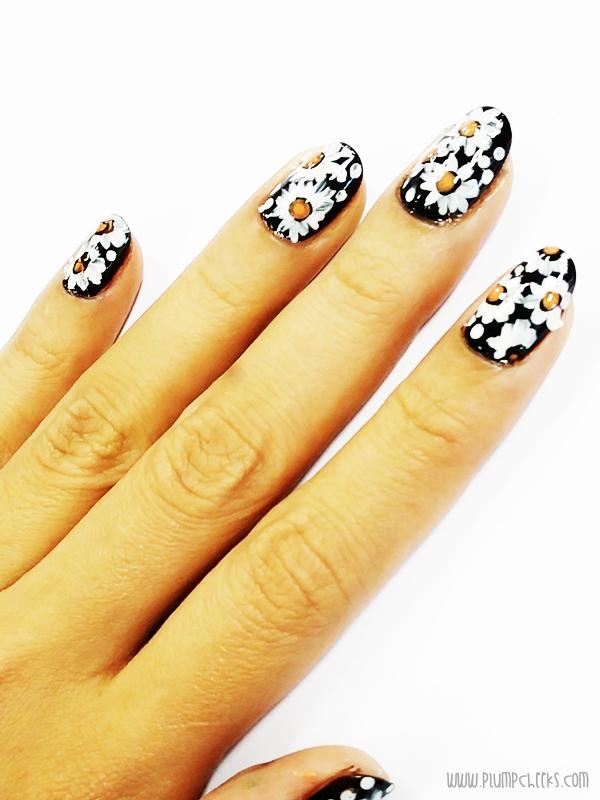 Nail Art Daisy 3