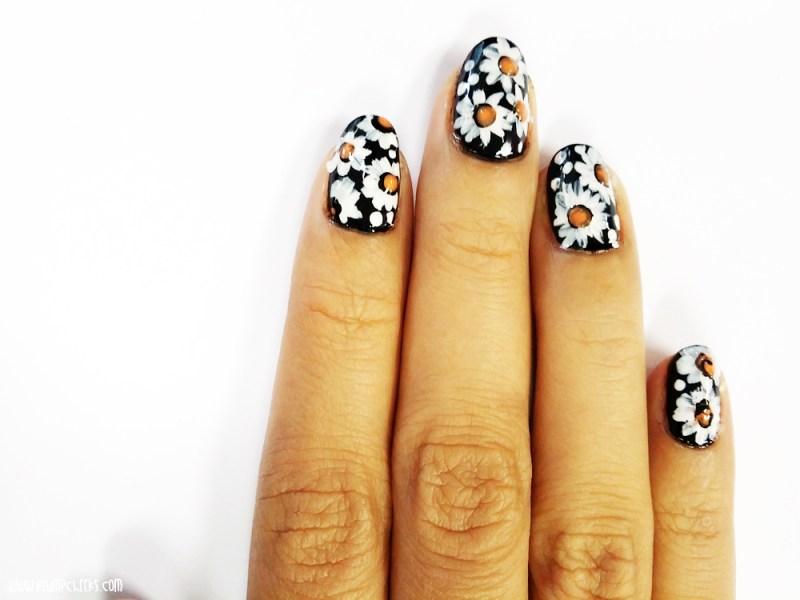 Nail Art Daisy 4