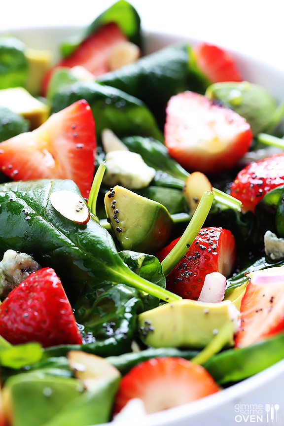 Strawberry-and-Avocado-Spinach-Salad-3