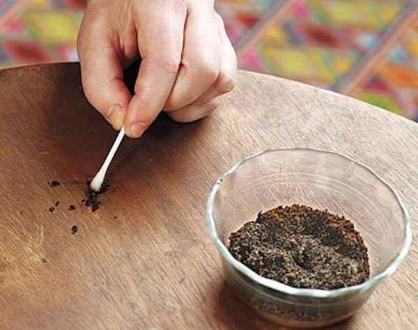 marc-de-cafe-pour-cacher-rayures-meubles