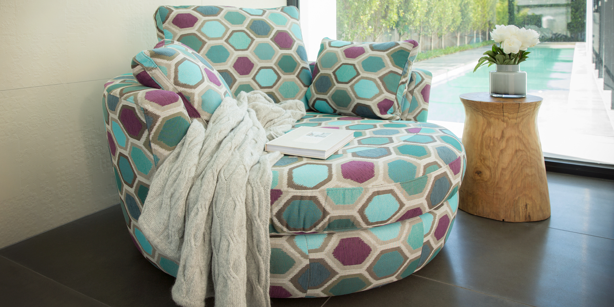 Snuggle Bespoke Accent Chair Plush Sofas Amp Furniture