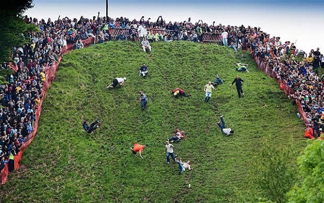 cheese rolling games england