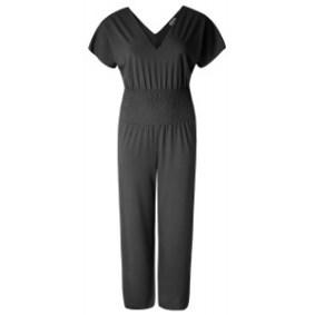 Jumpsuit Plus Size in schwarz. Gut kombinierbar mit breitem Gürtel. Kollektion Doris Megger - Bild: dorismegger.de