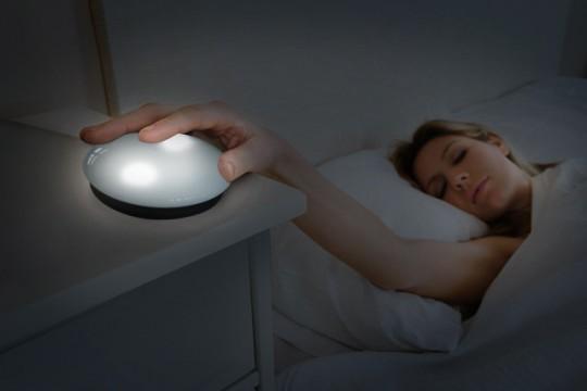Taschenlicht und Reise-Nachttischlampe - Bild: SOI