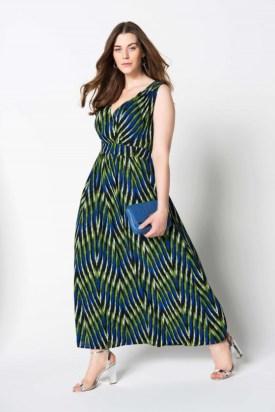 Kleid in Übergröße