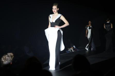 Abendkleid I Kreiert im Rahmen des Modeseminars mit Harald Glööckler I Modeschule Kehrer I Bild: PlusPerfekt