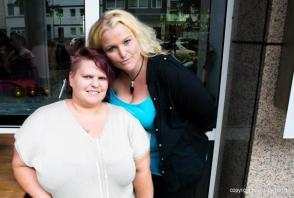 Zwei Freundinnen beim Casting I Indigo-Hotel in Düsseldorf