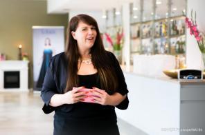 Im Halbfinale! Casting zur Wahl der Fräulein Kurvig im Indigo-Hotel in Düsseldorf