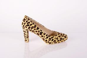 Pack den Leo an den Fuß I Bild: Schuhe Grossartig I Onlineshop