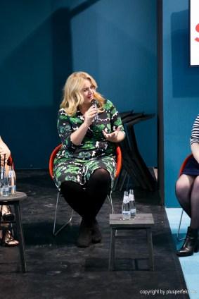 Anna Scholz beim Curvy Talk von Sheego