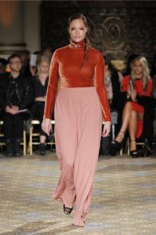 Plus Size Mode von Christian Sirano II Plus Size Fashion by Christian Siriano