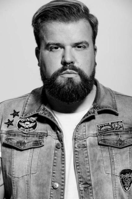 Plus Size Model Claus Fleissner Credits: David Nescholta | Kult Model Agency