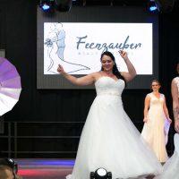 Curvy Bride Dream Dresses bei der Küss die Braut-Hochzeitsmesse