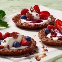 Verführerisch lecker: Granola-Tartelettes mit fruchtigem Topping