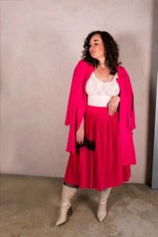 Pink All Over - Jacke und Plisseerock von Happy Size
