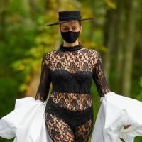 Christian Siriano: Die schönsten Curvy Looks der Spring-Summer-Kollektion