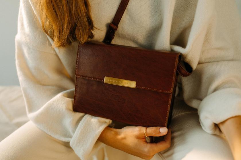 Handtasche aus Rindsleder aus der Kollektion von Alicia Linz