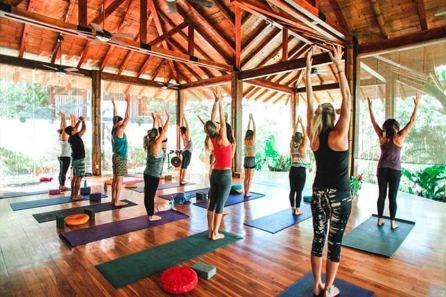Yogastunde am Morgen