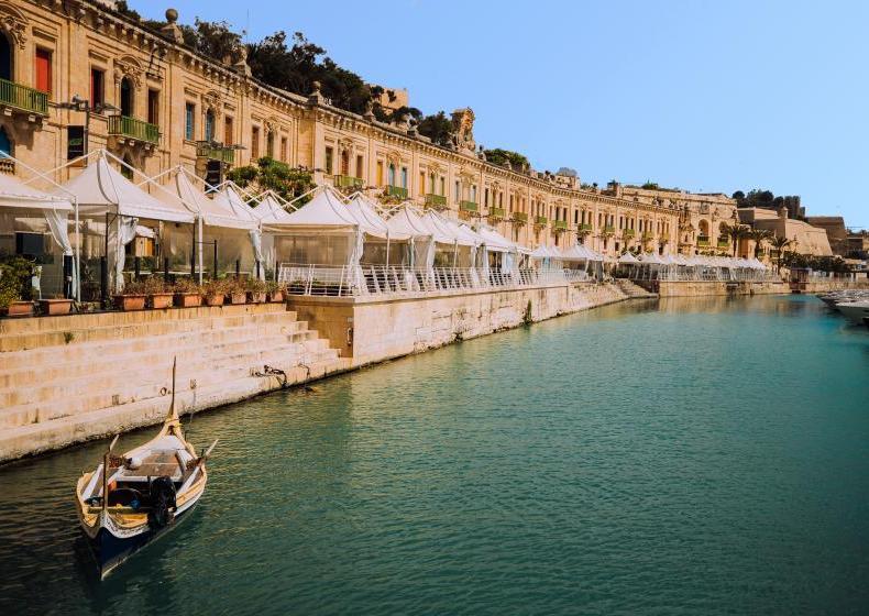 Malta: Valletta Waterfront