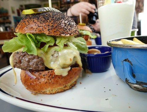 My Week in Pictures - A burger on Saturday