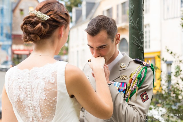 PAULINE-MEHDI-PHOTOGRAPHIE-PHOTOGRAPHE-MARIAGE-CAEN-CALVADOS-NORMANDIE-SHOOTING-COUPLE-GROUPE-CEREMONIE