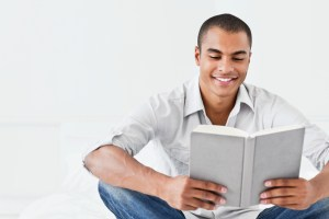 guy-reading-book