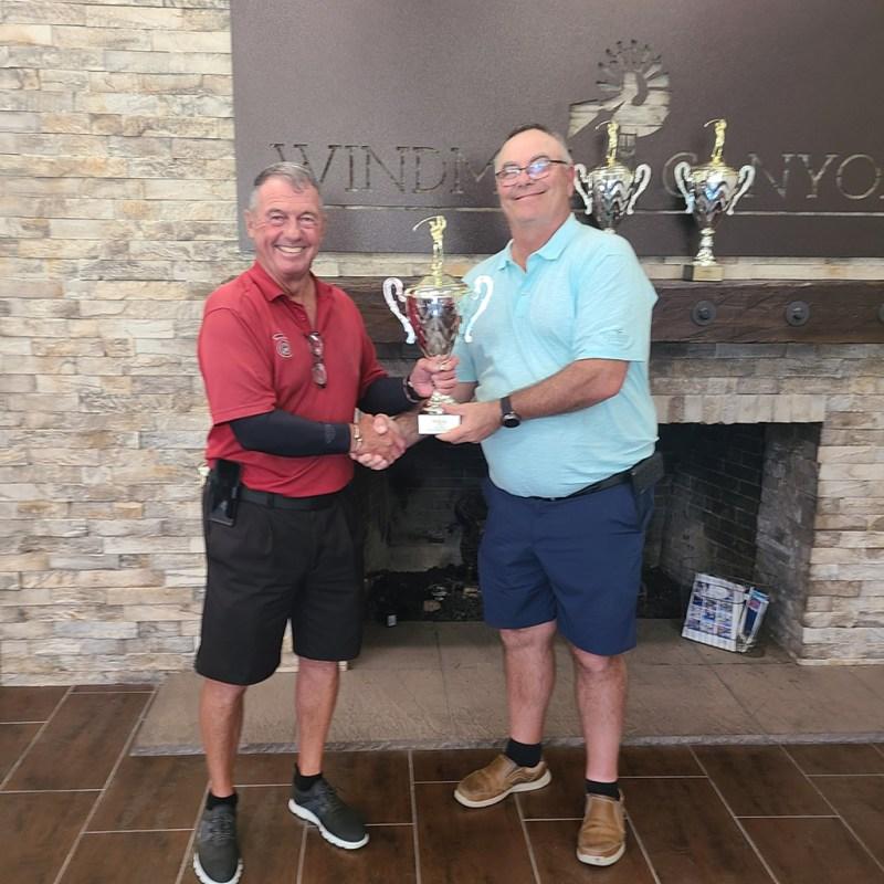 2021 Super Senior Champion Bob Ross